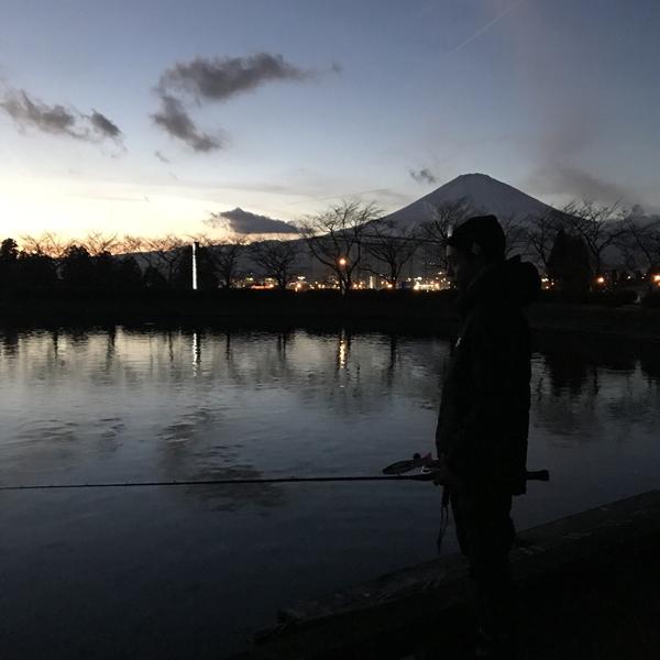 静岡県御殿場市にある東山湖フィッシングエリア
